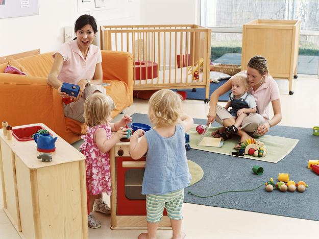 Czy dzieci potrzebują idealnego opiekuna?