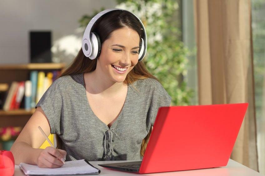 Fakty i mity na temat edukacji online